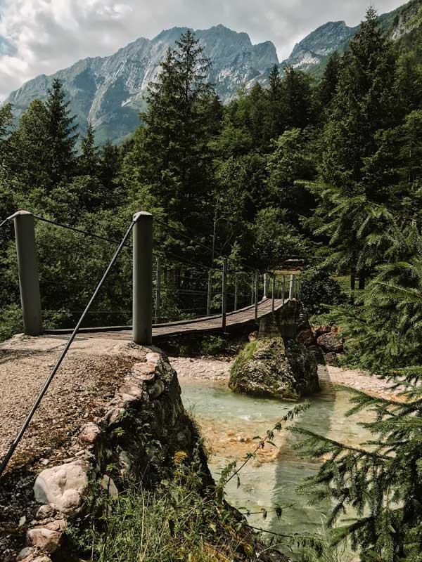 Soca Trail kleine Holzbrücke