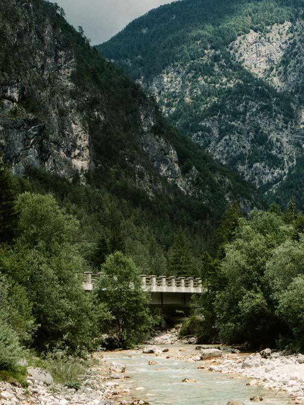 Brücke auf dem Soca Trail
